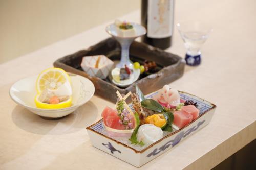 和食 三十三間堂「旬味」で頂く旬会席 限定「桜コース」【18:00~21:30】(2食付プラン)