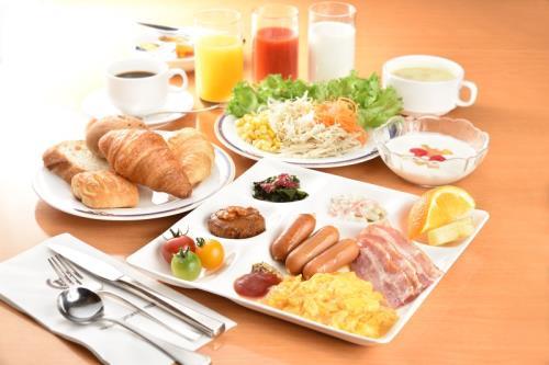 スタンダードプラン【朝食付き】☆まるでバリスタが淹れたような本格的な味わいのコーヒーがテイクアウトできるCafeチケット付き