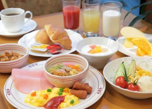 【美味しい朝食バイキング付】プラン♪ ミネラルウォーター付き