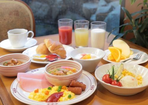 【夏限定☆ミネラルウォーター+2つ選べるクールアイテム付】プラン・朝食バイキング付♪