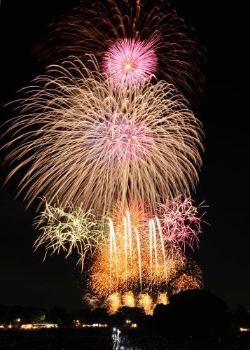 60回の歴史で初!秋の立川で夜空に花火が舞い上がる♪≪お部屋代のみ≫