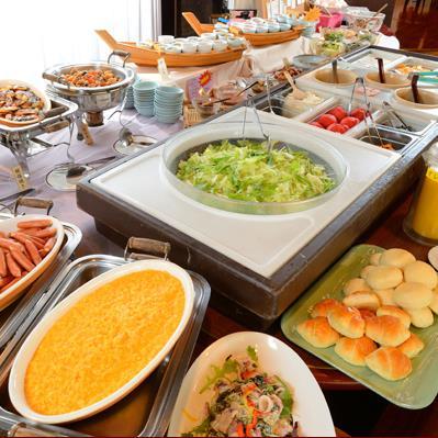 スタンダードプラン♪郷土料理をはじめ季節のメニューも大好評!和洋バイキング朝食付き♪