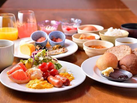 【10パターンから選べる】こだわりの朝食券付!バイキング?和定食?お土産にも変更可!
