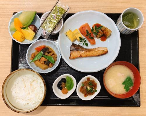 ≪お部屋おまかせ≫和洋定食から選べる!朝食付きプラン