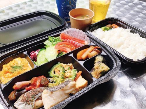 「#お部屋でほろ酔い~酎ハイプラン」ホテルオリジナル・シェフスペシャルデリ«朝食弁当付き»