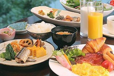 こだわりの和洋食ブッフェ朝食付き★セミダブルカップルプラン