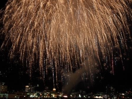 【8月10日限定】按針祭☆大迫力!海の花火大会を見に行こう♪お洒落浴衣無料レンタル