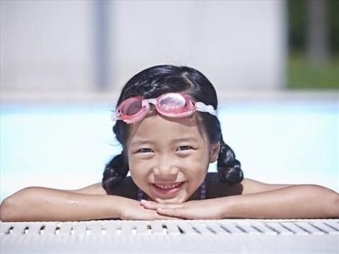 【夏休み☆グレードアップ】プールのある宿☆25Mの開放感満喫サイズ&海の家送迎付き