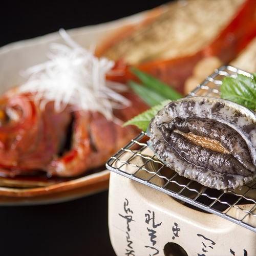 迷ったらコレ【お料理グレードUP】あわび踊り焼き・金目鯛姿煮・国産牛・海鮮ちらし寿司
