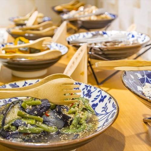 【美味会席】金目鯛姿煮&サザエ&静岡美味鶏の夕食◆源泉かけ流しの温泉も満喫!