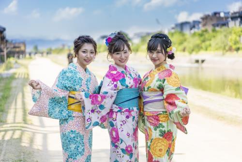 浴衣ではんなり京都観光プラン(朝食付)