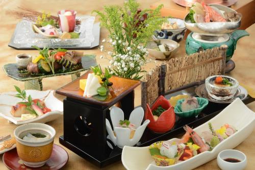 【GoToトラベル割引対象】京都なだ万賓館 ご夕食「嵯峨~さが~」付 宿泊プラン
