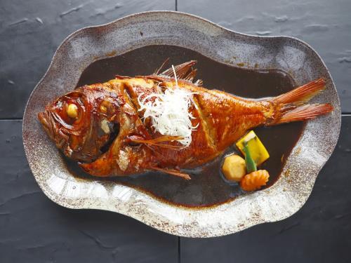 金目鯛の煮付けプレミアムお弁当付1泊2食 駐車場無料プラン